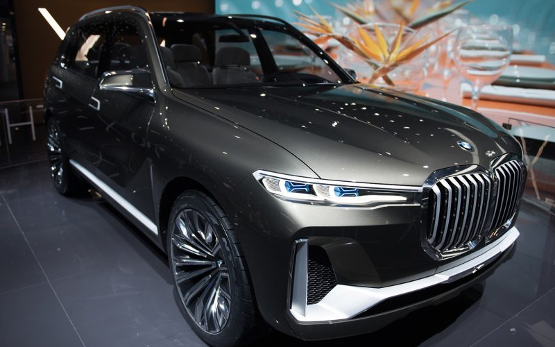 bmw x7 le suv 7 places arrive en 2018 communique de presse gratuit. Black Bedroom Furniture Sets. Home Design Ideas