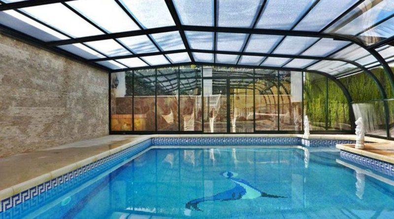 abri piscine adosse