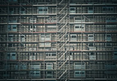 Le site Echafaudage-Test présente les meilleurs comparatifs de matériaux de construction